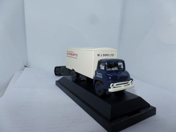 Corgi Lledo VANGUARDS VA6007 1/64 Scale  Ford Thames Trader Van  Sainsbury's W J Simms